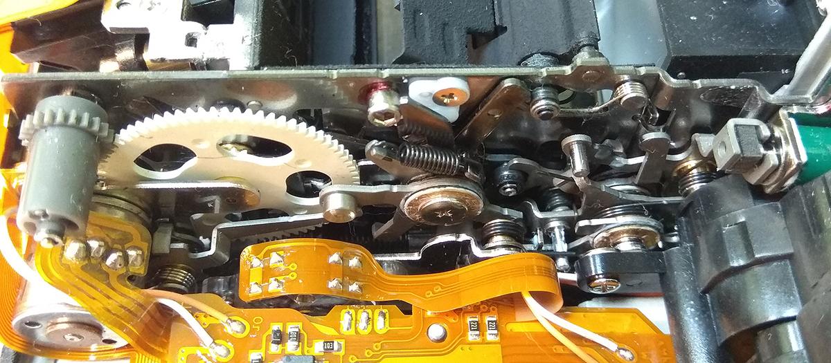 Привод зеркала, механизм управления диафрагмой фотоаппарата Nikon D4