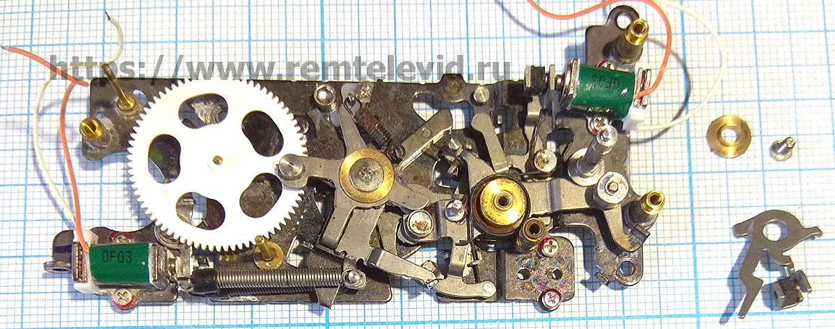 Устройство механизм управления диафрагмой фотоаппарата Nikon D4