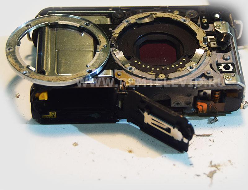 Грязь под байонет и неисправная контактная группа фотоаппарата Nikon 1 J2